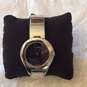 Authentic Gucci Buckle Watch